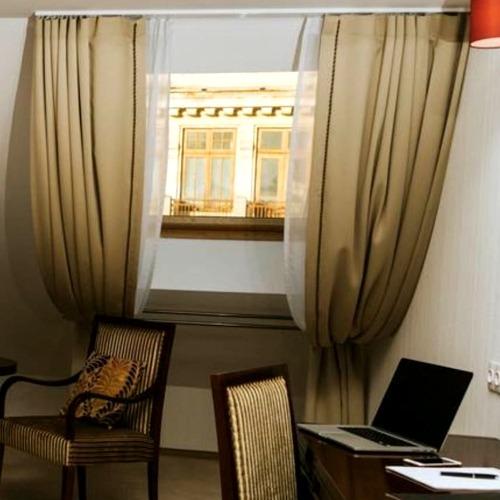 Draperii perdele sistem glisare camera hotel 002