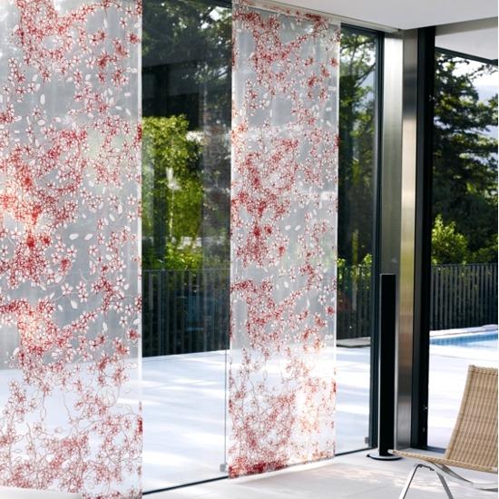 Sistem cu panouri textile decorative